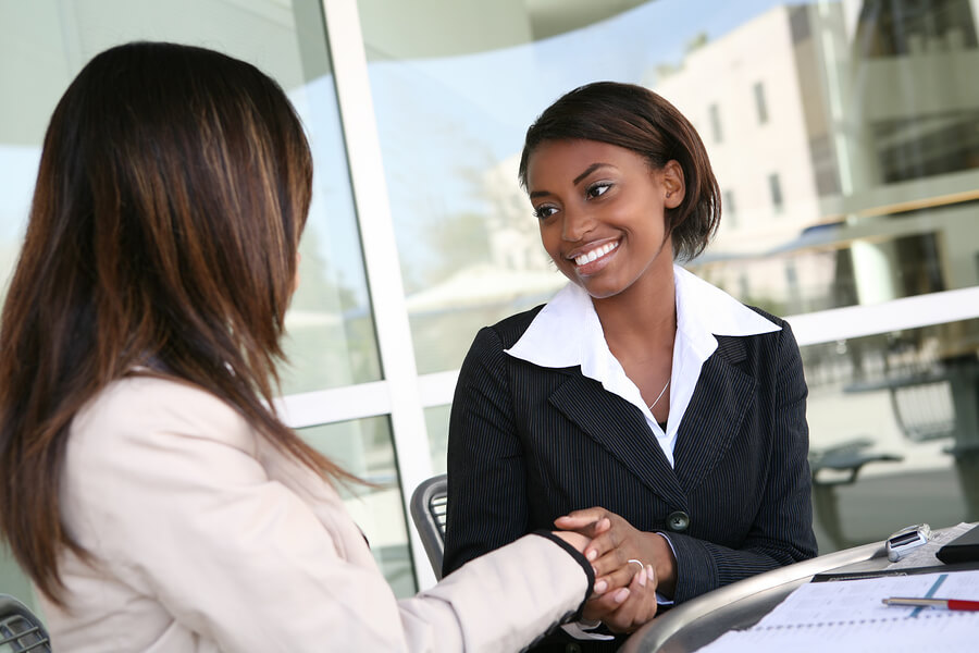 How to Boost Your Negotiating Power as a Travel Nurse